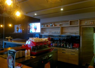 Caffe bar South, Čakovec - unutarnja rasvjeta (12)