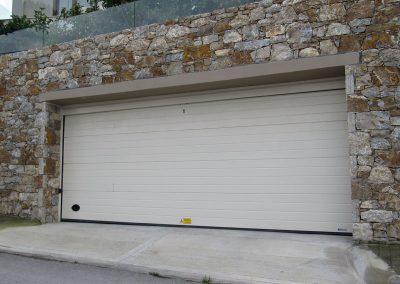 Elektromotorni pogoni za dvorišna, industrijska i garažna segmentna vrata (10)