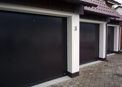 Sectional garage door / aluminum / automatic